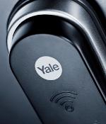 Nærbilde av Yale Doorman
