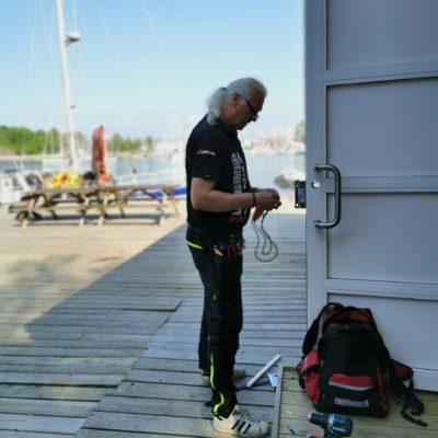 Vidar tester lås på Hovedøya